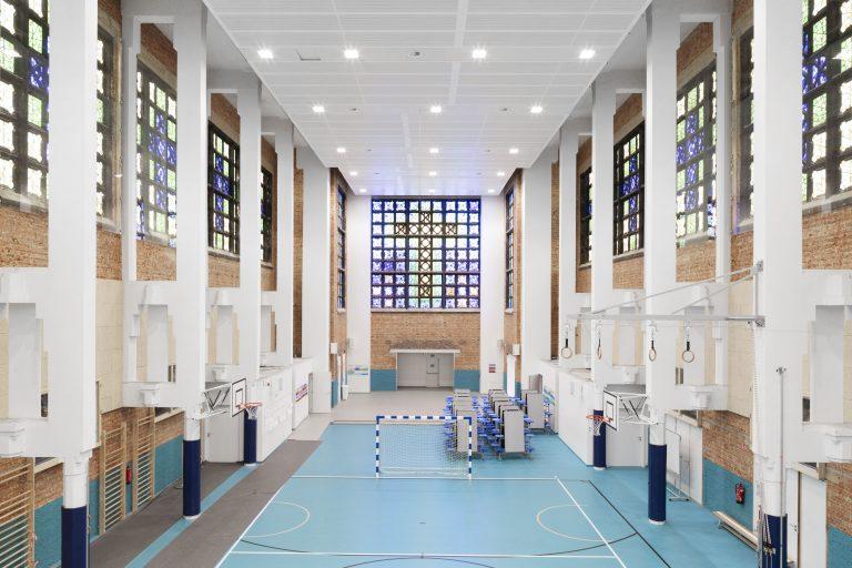 OSK-AR architecten_PORTA 1070_Multifunctional sports hall in the renovated church_c. Luca Beel